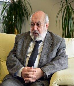 Prof.dr. Ibrahim Numan (1)